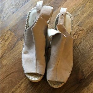 Kenneth Cole Suede espadrilles wedges size 9